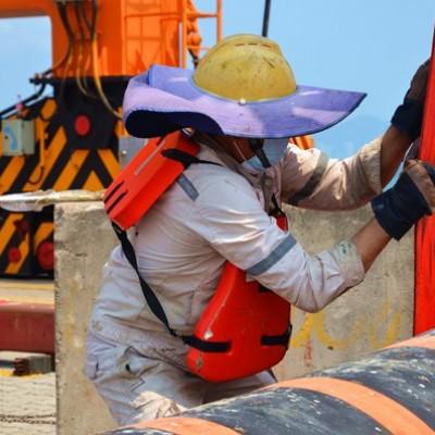 Marine oil floating hoses