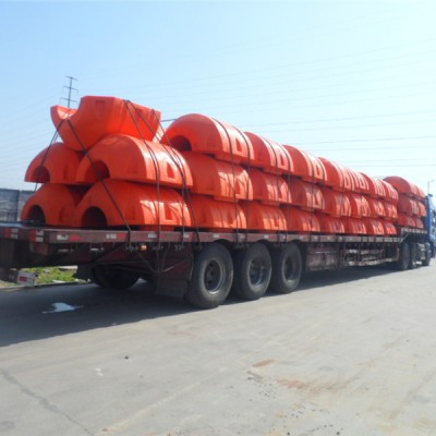 Dredge pipe floats/floaters
