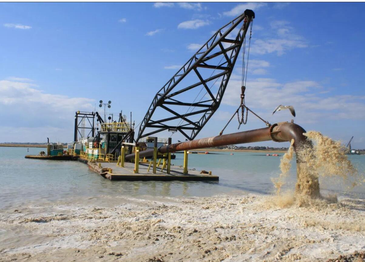 Pipe and Plastic Floats Dredge line components for Port or Harbour Construction